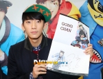 130120 B1A4 Gongchan at Hats On fansign 01