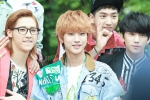130509 B1A4 at M!Countdown Guerrilla Event - Jinyoung (11)
