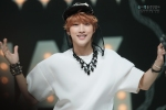 130511 B1A4 Jinyoung at Music Core (24)
