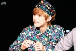 130518 B1A4 Jinyoung – 1st fansign in Mapo Art Center (51)
