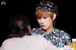 130518 B1A4 Jinyoung – 1st fansign in Mapo Art Center (55)
