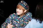 130518 B1A4 Jinyoung – 1st fansign in Mapo Art Center (57)