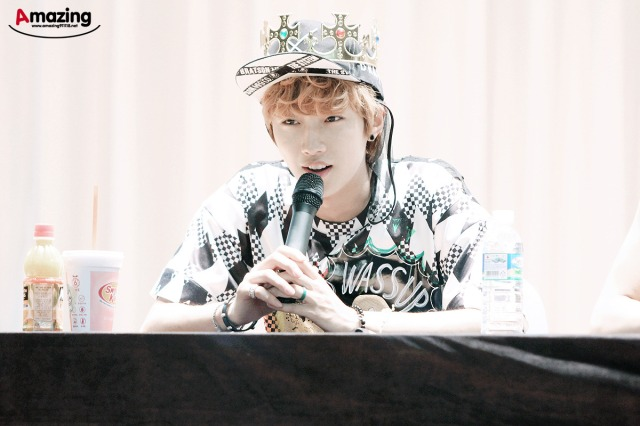130525 B1A4 fansign event in Yongsan ~ Jinyoung (1)
