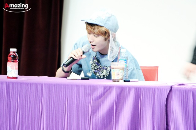130526 B1A4  fansign event in Incheon ~ Jinyoung (1)