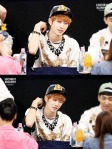 130601 -  Fansign event in Bundang Hottracks Jinyoung (11)