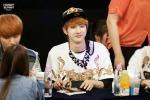 130601 -  Fansign event in Bundang Hottracks Jinyoung (2)