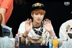 130601 -  Fansign event in Bundang Hottracks Jinyoung (6)