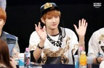 130601 -  Fansign event in Bundang Hottracks Jinyoung (8)