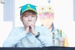 130604 Hats On Fansign - B1A4 Jinyoung (3)