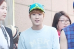 130604 Hats On Fansign - B1A4 Jinyoung (5)