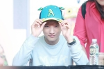 130604 Hats On Fansign - B1A4 Jinyoung (8)