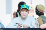 130604 Hats On Fansign - B1A4 Jinyoung (9)