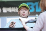 130604 Hats On Fansign – B1A4 Jinyoung (34)