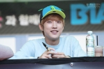 130604 Hats On Fansign – B1A4 Jinyoung (35)
