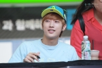 130604 Hats On Fansign – B1A4 Jinyoung (42)