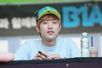 130604 Hats On Fansign – B1A4 Jinyoung (47)