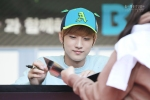 130604 Hats On Fansign – B1A4 Jinyoung (54)