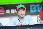 130604 Hats On Fansign – B1A4 Jinyoung (56)
