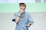 130526 B1A4 in Incheon Fansign ~ Jinyoung (16)