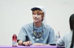 130526 B1A4 in Incheon Fansign ~ Jinyoung (2)