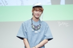 130526 B1A4 in Incheon Fansign ~ Jinyoung (20)