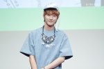 130526 B1A4 in Incheon Fansign ~ Jinyoung (21)