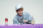 130526 B1A4 in Incheon Fansign ~ Jinyoung (5)