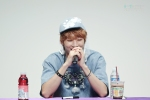 130526 B1A4 in Incheon Fansign ~ Jinyoung (6)