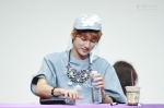 130526 B1A4 in Incheon Fansign ~ Jinyoung (9)