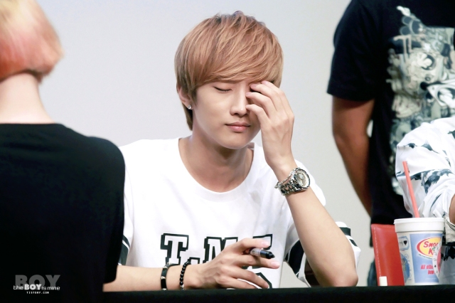 130623 B1A4 Jinyoung – fansign event in CheonAn (14)