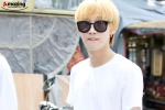 130819 Jinyoung - 'Suspicious Woman' movie filming in Hongdae (10)