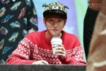 [19911118net] 131103 B1A4 Jinyoung - Hat's On Fansign (2)