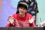 [19911118net] 131103 B1A4 Jinyoung - Hat's On Fansign (6)